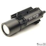 點一下即可放大預覽 -- 火麒麟 Fire Kylin X300 LED 強光戰術槍燈~T1100,電筒