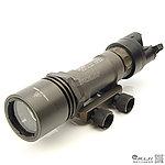 點一下即可放大預覽 -- 火麒麟 Fire Kylin M951A LED強光戰術槍燈,電筒(400Lm,鋼鐵色,附老鼠尾)