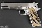 點一下即可放大預覽 -- 限量優惠![沙色CNC 蜂巢握把] 鍍鉻銀軍版~WE  M1911 全金屬瓦斯槍,手槍
