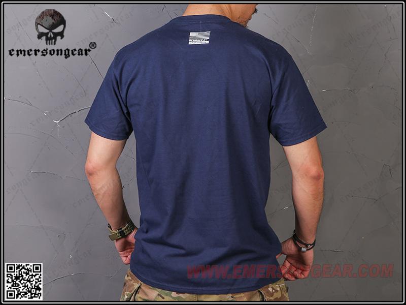 戰術上槍身 硝煙灰 L號~EmersonGear 愛默生 軍事文化T恤 短袖上衣