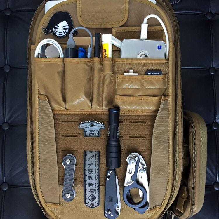 HAZARD4【黑色】Pillbox 29L多功能分格背包,相機包 攝影包 旅行包
