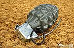 點一下即可放大預覽 -- G&G 怪怪 MK2 手榴彈造型 BB 彈罐